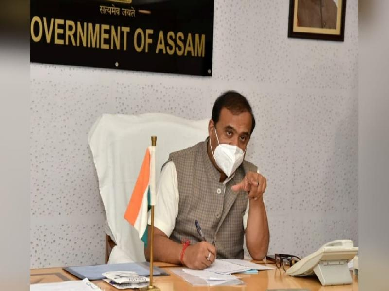 Assam-Chief-Minister-Himanta-Biswa-Sarma-chaired-a-review-meeting-on-COVID-19-scenario