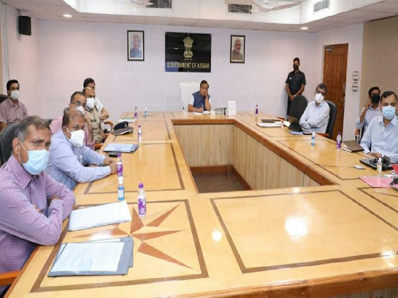 Back-COVID-19-testing-with-aggressive-vaccination-says-Chief-Minister-Sarma,-reviews-situation-in-the-state