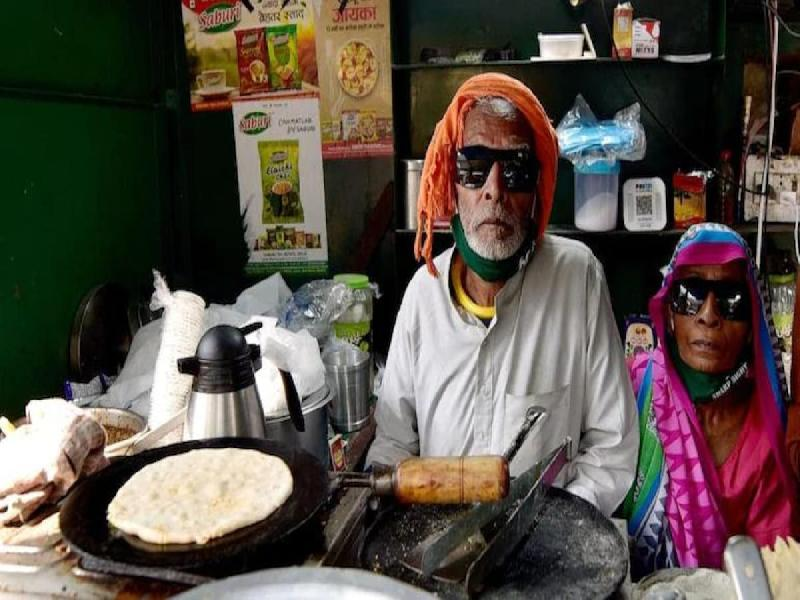 Baba-ka-Dhaba-owner-allegedly-attempted-suicide;-admitted-at-Safdarjung-Hospital